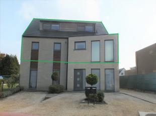 Mooi duplexappartement ( 188 m² ) met ruime woonkamer, 3 slaapkamers, een carport en parkeerplaats.<br /> <br />