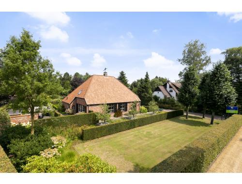 Villa-landhuis te koop in Hamont-Achel, € 590.000