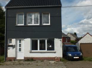 Maison à louer                     à 2400 Mol