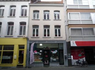 Mechelen, Desire Boucheriestraat 14: Herenwoning (geen tuin) omgebouwd tot handelspand en/of kantoren (opp: 150m²). Mogelijk om beneden kantoor/w