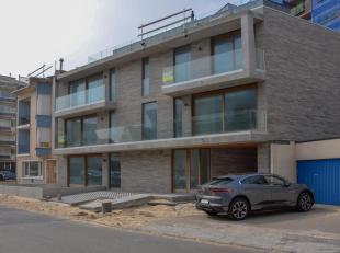 Dit appartement maakt deel uit van een kleinschalig nieuwbouwproject met 6 appartementen op een boogscheut van de zee en heeft volgende indeling:<br /