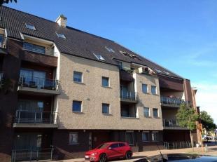 Modern duplex-penthouse met garagebox gelegen in het centrum van Maaseik<br /> Troeven<br /> ·Centrale ligging<br /> ·Lift en videofoon<