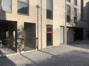 Stijlvol gelijkvloers nieuwbouwappartement <br /> Troeven<br /> Tevens geschikt als investering!<br /> Rustige binnentuin<br /> Duurzame en tijdloze a