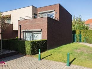 Moderne woning met parking en kelderberging gelegen in residentie Koning Albert<br /> Troeven<br /> - Tevens geschikt als investering!<br /> -  Nabij