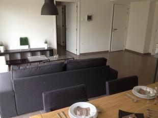 Schalkstraat, 1ste verdieping, kant binnentuin: residentieel appartement met Service Plus- formule - 2 ruime slaapkamers. Living met terras, zicht op