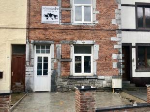 Charmante maison entièrement rénovée ( Toiture, isolation des murs et du toit, électricité, chauffage, cuisine et s