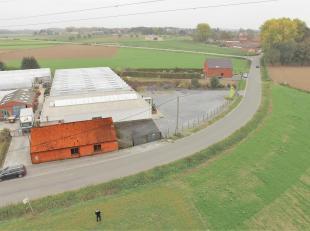 TEMPLEUVE - Maison 4 façades à rénover entièrement avec terrasse et parking. 75.000euro