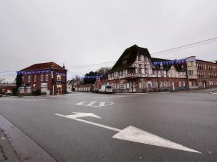 Templeuve - Commerce à louer avec habitation au centre du village. Loyer : 1600euro
