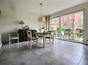 TEMPLEUVE - Appartement rez-de-chaussée, 2 chambres, terrasse et parking. Coefficient énergétique B (68 kWh/m².an). Libre au