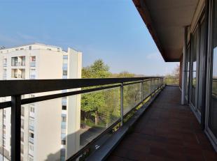 TOURNAI - Superbe appartement d'angle dans la résidence Roi Soleil 140M², au 7ème étage avec vue sur le jardin de la reine,