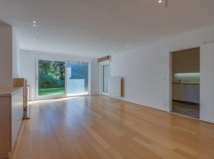 Dit volledig gerenoveerde appartement bevindt zich op een top-locatie vlakbij het centrum van Kortrijk.<br /> Residentieel gelegen, geniet dit apparte