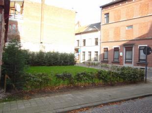 LEOPOLDSTRAAT 1 - 2850 BOOM : Centraal gelegen bouwgrond op wandelafstand van centrum en winkels.Opp 169m2<br /> Voor meer info: www.dillenenpartner.b