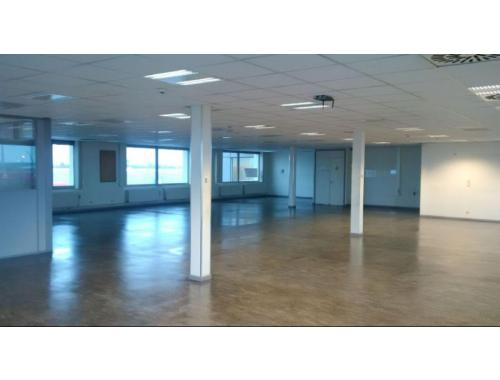 Espace de bureaux à louer à Berendrecht, € 4.000