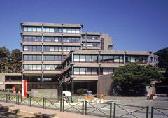 """""""Tervueren 270"""" is gelegen aan de prestigieuze Avenue de Tervuren. Ruim, volledig gerenoveerde kantoorruimte met een hoog niveau aan dienstverlening:"""