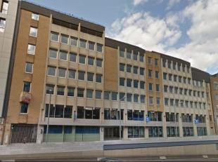 Het gebouw beschikt over 6.000 m² kantoorruimte en stelt 73 parkeerplaatsen en een fietsenstalling ter beschikking. <br /> <br />  Multi-tenant