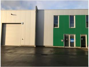 560 m² magazijnruimte in perfecte staat met moderne kantoren. <br /> <br />  Opslagruimte is voorzien van een luchtfiltersysteem. <br /> <br /