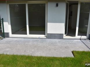 Residentie Villa Crombez Nieuwpoort. Nieuwbouwappartement gelegen op de gelijkvloerse verdieping omvattende een inkomhal, apart toilet, badkamer met d