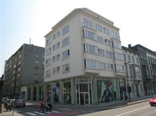MOOI EN GEZELLIG APPARTEMENT MET 1 SLAAPKAMER EN INDIVIDUELE KELDERBERGING 1ste verdieping met lift - gerenoveerd in 2005 - Mooie en centrale ligging