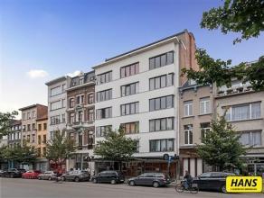 KLEIN BESCHRIJF MOGELIJK! perfect voor studenten - belegging of eigen wonen Appartement van 65m² met 1 slaapkamer op de 2de verdieping in een geb