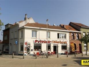 Opbrengsteigendom bestaande uit een frituur en woonst. Verhuurd 1200 euro handelshuur (7% RENDEMENT). Indeling gelijkvloers: Restaurant en keuken. Eer