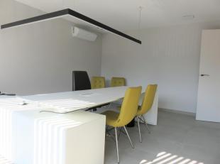 Privé kantoorruimte van 30m² inclusief aparte vergaderruimte en dit in een nieuw hypermodern kantoor gelegen langs de Diestersteenweg te K