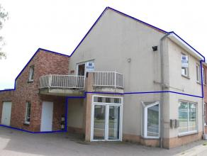 Deze duplex is gelegen tussen de verbinding van Zonhoven en Hasselt.U heeft een privé inkomhal op het gelijkvloers waar zich eveneens de garage