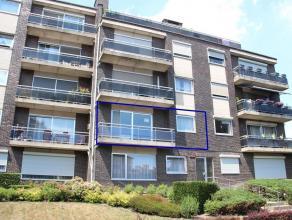 Dit ruim en gezellig appartement ligt in een rustige buurt net buiten de kleine ring van Hasselt.Het appartement ligt op de eerste verdieping en heeft