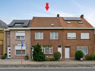 Contactname: Matthijs Heyde - 0492/82.92.27<br /> Deze op te frissen woning met tal van mogelijkheden bevindt zich vlakbij het centrum van Torhout en