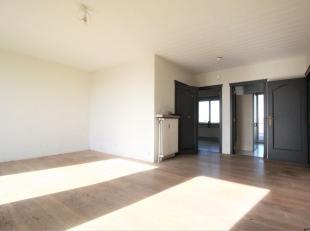 Uitzonderlijk penthouse appartement ca. 80m² met 2 terrassen - ca. 30 m² terras. Het appartement is gelegen op uitstekende locatie te Belgi&