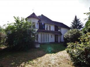Charmante woning met 4 slaapkamers op 635m² gelegen in de residentiële Elsdonkwijk te Edegem, een unieke locatie waar u volledig tot rust ka