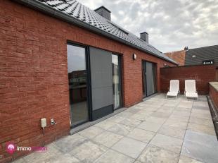 """Zeer ruim instapklaar duplexappartement met 3 (4) slaapkamers en groot terras.<br /> <br /> Bij ImmoFusion  7/7 """"open huis"""" dankzij onze unieke 3D-TOU"""