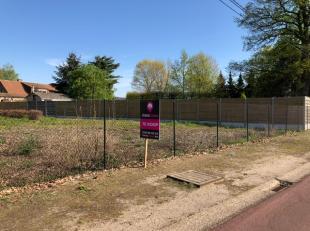 Projectgrond voor 2 HOB pastoriewoningen INCLUSIEF vergunde plannen, in het aangename Berkenbos (Heusden)!<br /> Deze reeds verkavelde grond is start