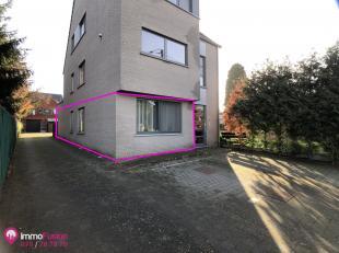 """Prachtig gelijkvloers appartement met 2 slpk en eigen tuintje; ook ideaal als investering!<br /> <br /> Bij ImmoFusion 7/7 """"open huis"""" : Klik op onze"""