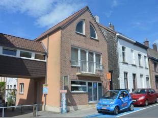 Braine-lAlleud : à proximité de la gare et des écoles, bel appartement au rez-de-chaussée dun petit immeuble se composant