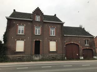 Statige vierkantshoeve op een perceel van 15 are 40 ca gelegen te Kortessem, Hasseltsesteenweg 94. Centrale ligging tussen Hasselt, Tongeren, Borgloon