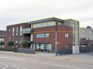 Stijlvol luxe appartement met 1 slaapkamer 75 m² – 2 Ruime terrassen – 15m²  - bovenste verdieping.<br /> <br /> Aan de Sint-Truidersteenweg