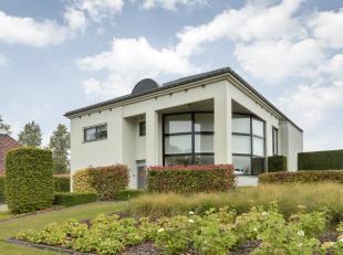 Prachtige, moderne villa op ruim perceel in landelijke, rustige omgeving.<br /> <br /> Deze moderne villa bevindt zich op de Budingenweg te Budingen (