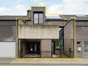 Architecturale topwoning met 3 slaapkamers, dakterras en stadstuin. <br /> <br /> +++ Bekijk je dit pand via een aanverwante website? Ga dan snel naar