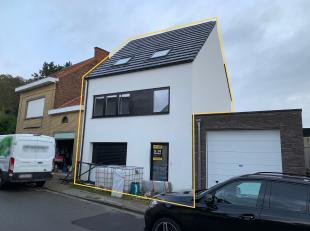 Knappe nieuwbouwwoning met inpandige garage te Kessel-Lo.<br /> <br /> Deze prachtige nieuwbouwwoning bevindt zich in een rustige straat met eenrichti