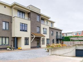 Zeldzame nieuwbouwwoning (ca 170m² bew. - bwjr 2008) met ZW-tuin en mooie afwerkingsgraad in parkresidentie Ruytenborgh bestaande uit inkomhal me