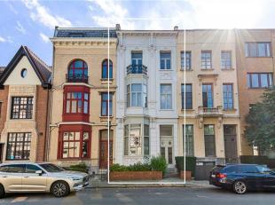 Authentieke woning van ca 240 m² bew. opp. grotendeels te renoveren op een uitmuntende residentiële locatie aan de befaamde Arthur Goemaerel