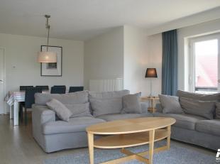 Ce bel appartement tout-à-fait rénové et meublé est à louer ( du 01/11/19 jusq'au 31/03/20). Il est situé au