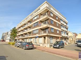 """Deze zonnige hoekstudio is gelegen op de 2de verdieping van Residentie """"RIFF"""" te Middelkerke, vlakbij het centrum, de zee en zijdijk.  <br /> De studi"""
