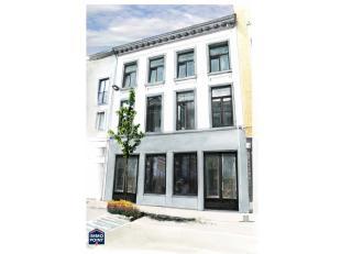Casco appartement in het hartje van Antwerpen.<br /> Opp: 74m² met terras 5,5m². <br /> Ref. AP3887 Vg, Wg, Vkr, Gvv,(0)3 210 95 75.
