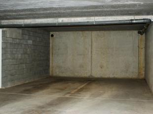 Garage à vendre                     à 2500 Lier