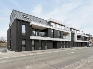 Zeer centraal gelegen in Berlaar bevindt zich in Residentie Emerald dit prachtig penthouse van ca. 102 m² met incl. ondergrondse staanplaats en b