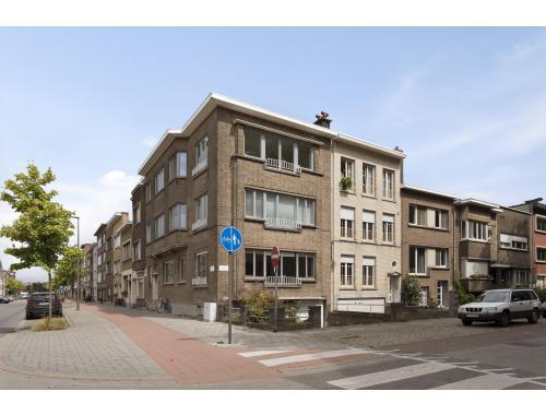 Gelijkvloers app. te koop in Borgerhout, € 210.000