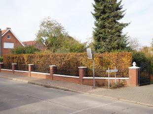Bouwgrond gelegen Halensebaan , links van nummer 108.<br /> AFD. 3 sectie B deel van nummer 45T, lot 1. <br /> 531 ca. Straatbreedte 15,28 meter. Diep