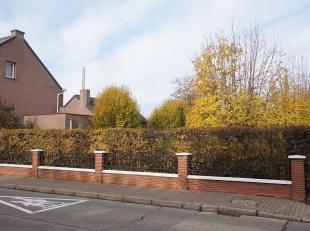 Bouwgrond gelegen Halensebaan ,rechts van nummer 108.<br /> AFD. 3 sectie B deel van nummer 45T, lot 2. <br /> 531 ca. Straatbreedte 14,56 meter. Di