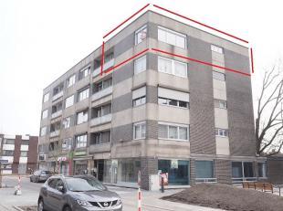 Appartement met mooiste uitzicht op het vernieuwde centrum van Lummen.<br /> Bel 0473 72 33 62.<br /> VOOR SNELLE BESLISSERS !<br /> Alle winkels, sch